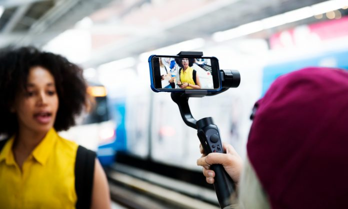 What Is Vlogging And How Can You Start?